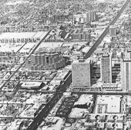 Yonge and Sheppard : aerial views