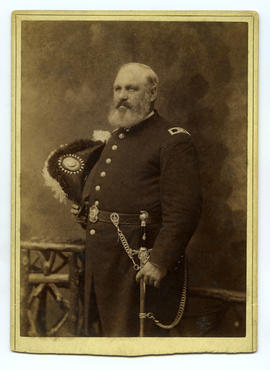 Portrait of American officer with bicorne hat