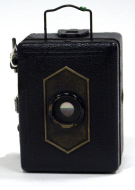 Zeiss Ikon Baby Box 54/18 camera