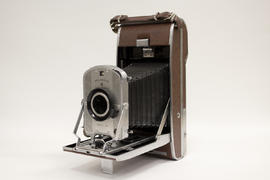 Polaroid Land camera, Model 95 B (Speedliner)