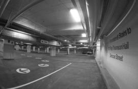 Parking garage : Roy Thomson Hall